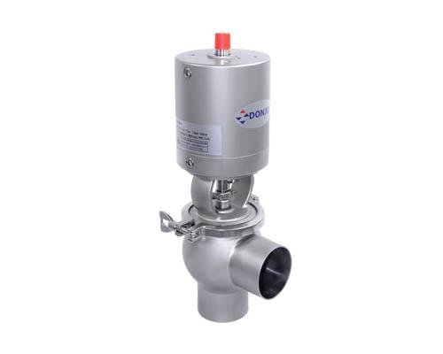 Reversing globe valve + slow device